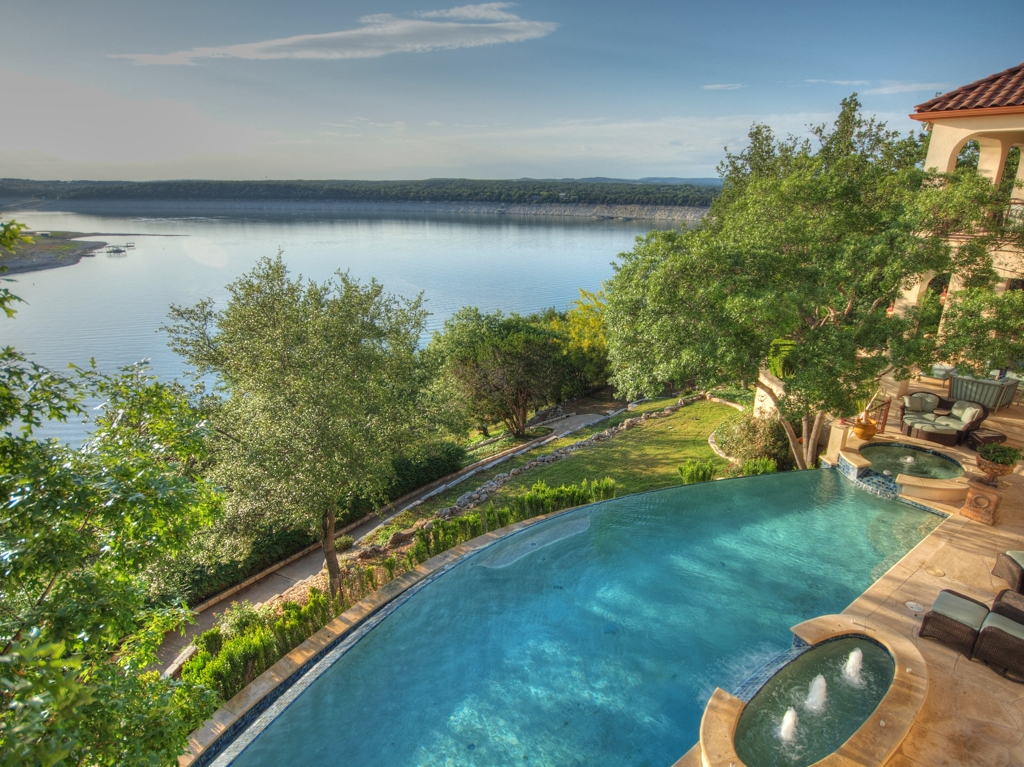 Property Of The Week Lake Travis Estate Austin Tx