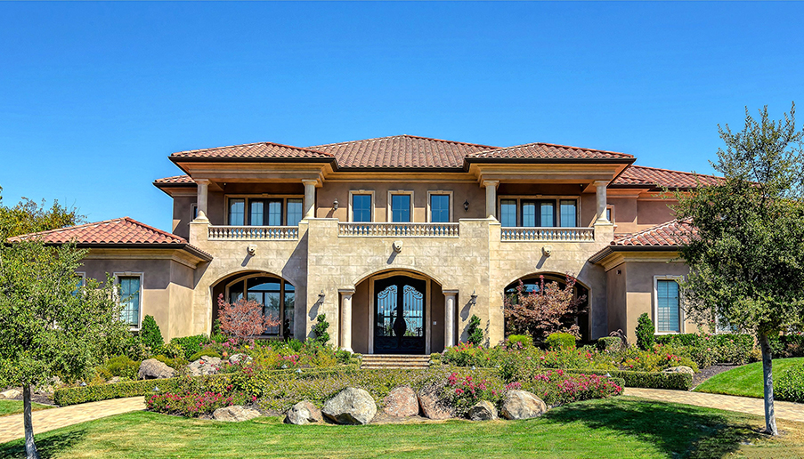 Top 10 magnificent mediterranean style homes for California mediterranean style homes