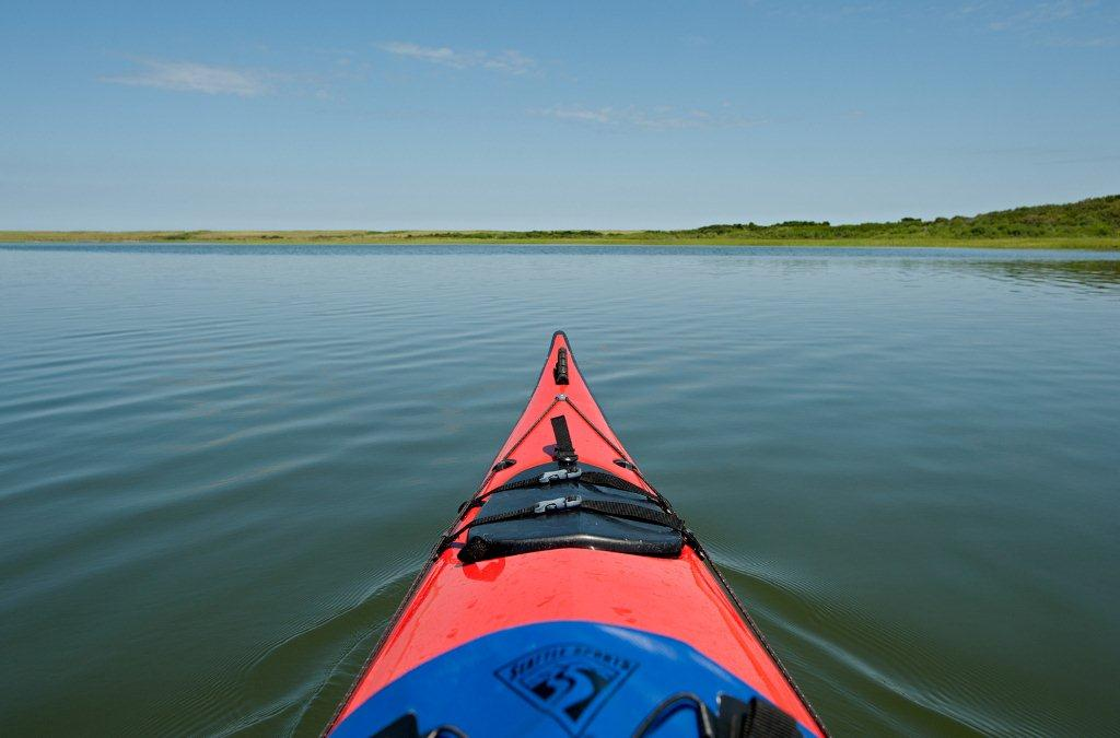 Kayaking_at_Coskata_(KN)-2-(ZF-0683-92932-1-005)