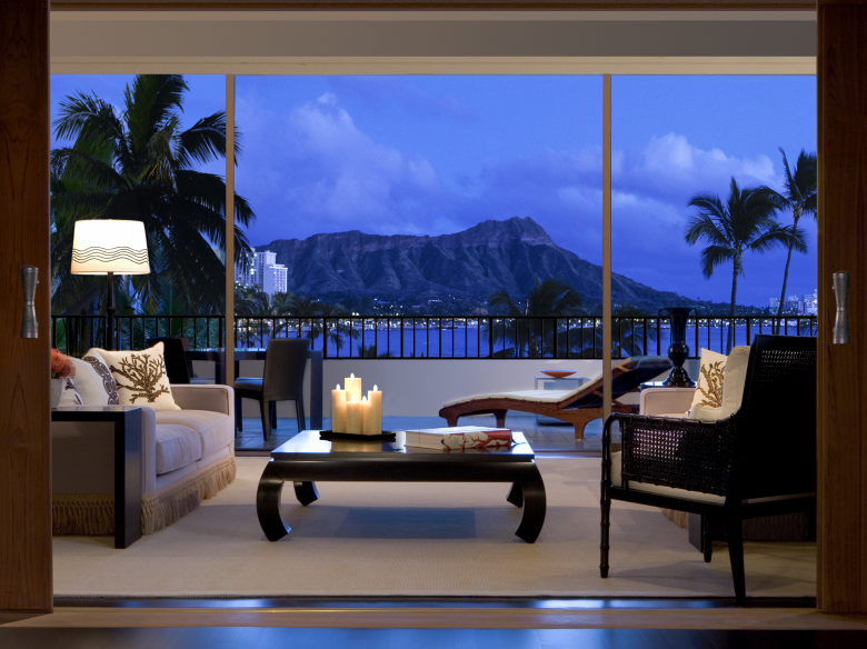 Location hawaii for Independent luxury hotels