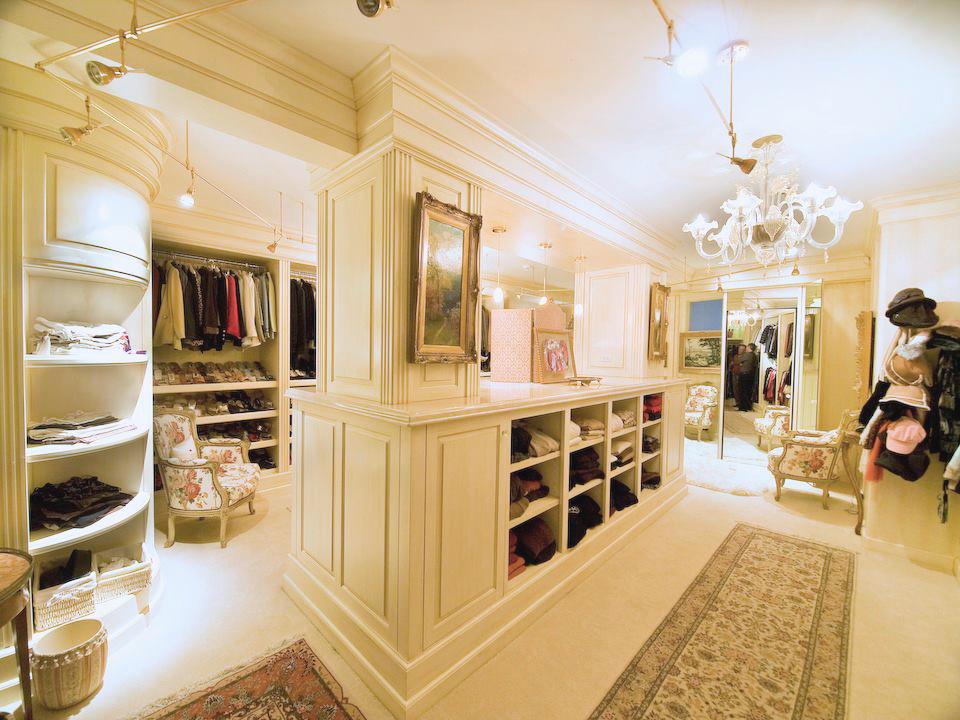 Swoon Worthy Luxury Walk In Closets Leverage