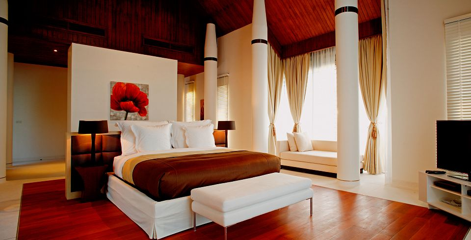 Top 10 Luxurious Master Bedrooms | Leverage