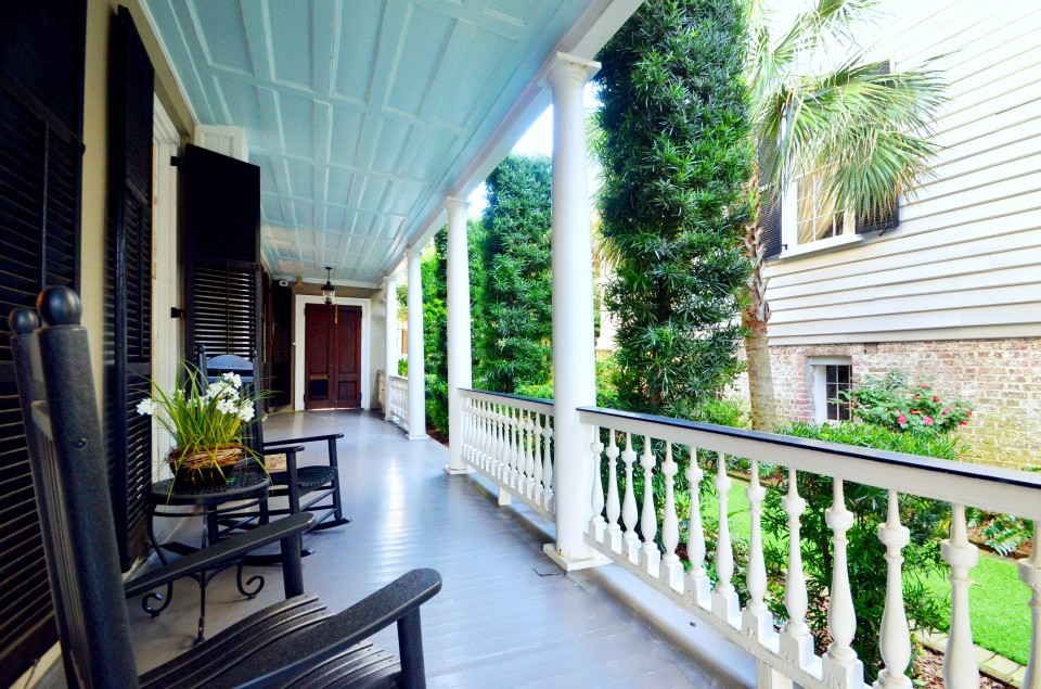 Charleston Open House: 17 Meeting Street Porch