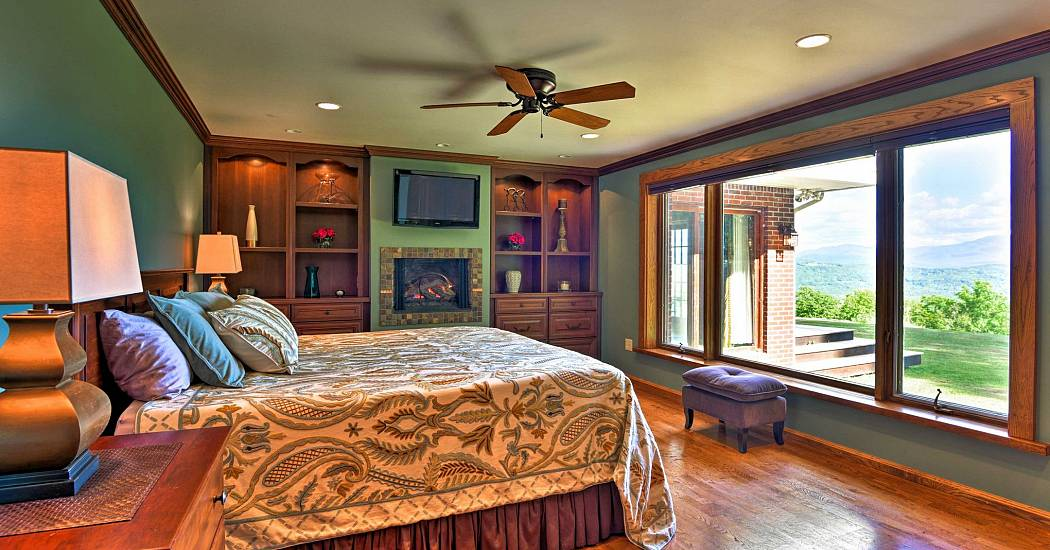 NH  Master Bedroom.jpg