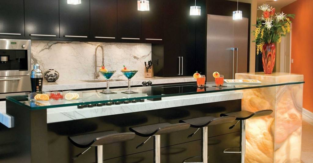 Entertain In Style Luxurious Home Bar Designs