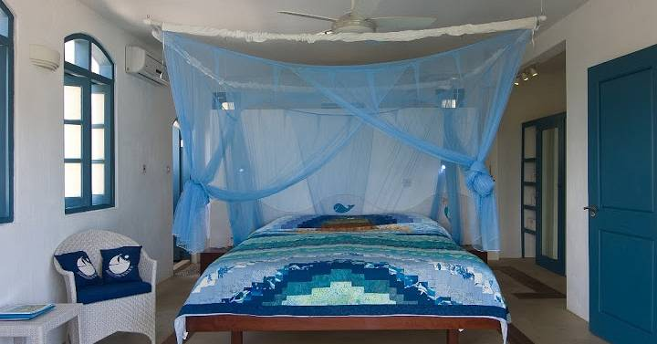 ANightAshore King Size Bed.jpg