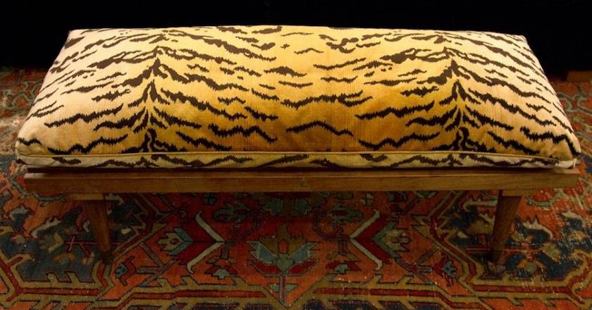 a-wonderful-home-furnishing-vendor-Artemisa-custom-bench-with-Old-World-Weavers-Tiger-Silk-Velvet-Belinda_Bench_Cushion-Web(pp_w840_h502).jpg