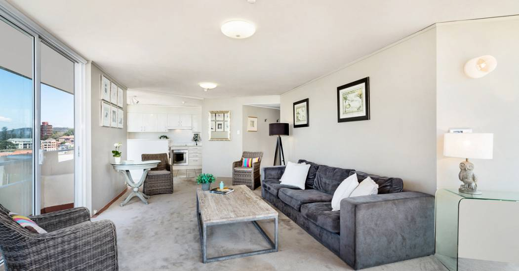 19-62 North Steyne - Open plan - Web.jpg