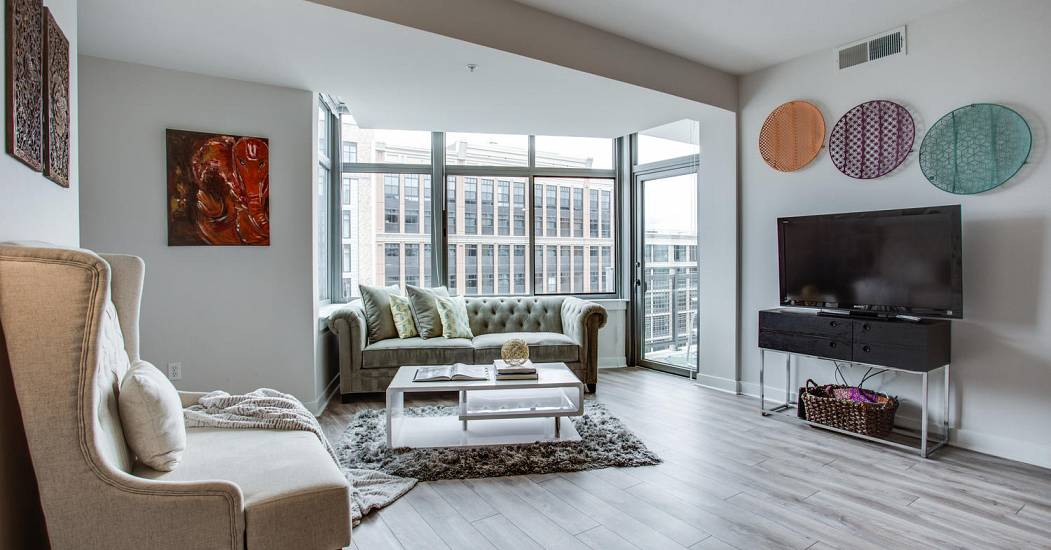 460 New York Ave NW Unit 902-large-015-25-Living Room-1500x1000-72dpi (1).jpg