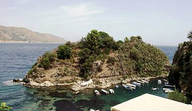 The unique and wonderful private island in Taormina