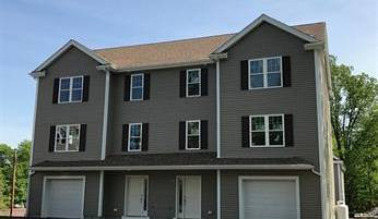 LUXURY LIVING TOWNHOME! NEW CONSTRUCTION!