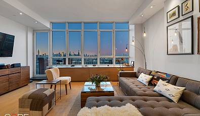 Magnificent Views of the Manhattan Skyline