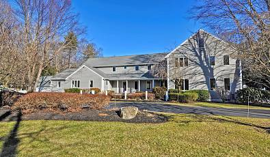 A true gem to call home in the desirable community of Norwell, MA