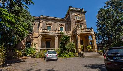Historic Villa in the city center of San Giovanni La Punta