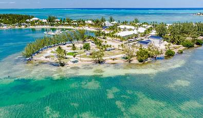 Kai-Bana– beachfront villas in Cayman Kai (Cayman Kai, Rum Point & Northside)