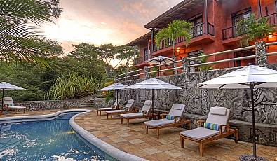LA Times: Mel Gibson Lists Costa Rica Estate with Plantación Properties