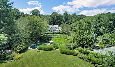 New England Land Company Lists 13 Acre Greenwich Estate