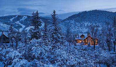 Winter Destination: Majestic Mountain Homes