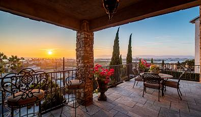 Tuscan Inspired View Property