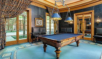 Cue Up: Beautifully Designed Billiard Rooms