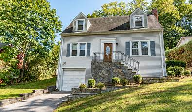 Beautiful Maintained Home in Thornwood, NY