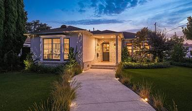 Single-Story Mar Vista Retreat