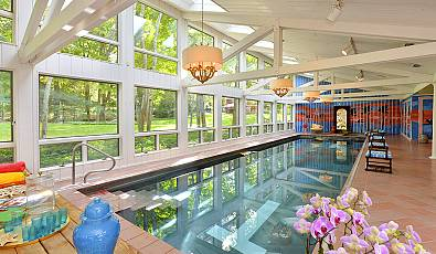 At Home Retreat: Luxurious Indoor Pools