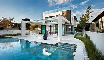 17432 - Modern villa in a quiet area