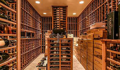 For the Ultimate Connoisseur: Luxurious Wine Rooms
