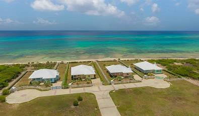 Blue Sky Villa - Cork Tree Beach Front Grand Turk