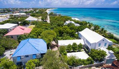 Sea Breeze, Historic Grand Turk Home
