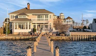 Classic Nantucket Bayfront